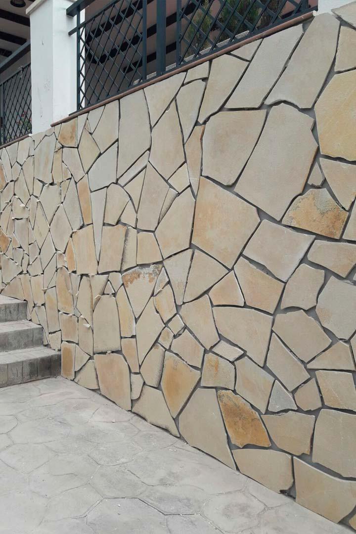 Reforma exterior e interior de chalet en Benahavís